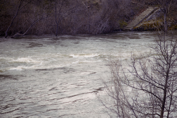 Flows on the Klamath reaching flood stage.